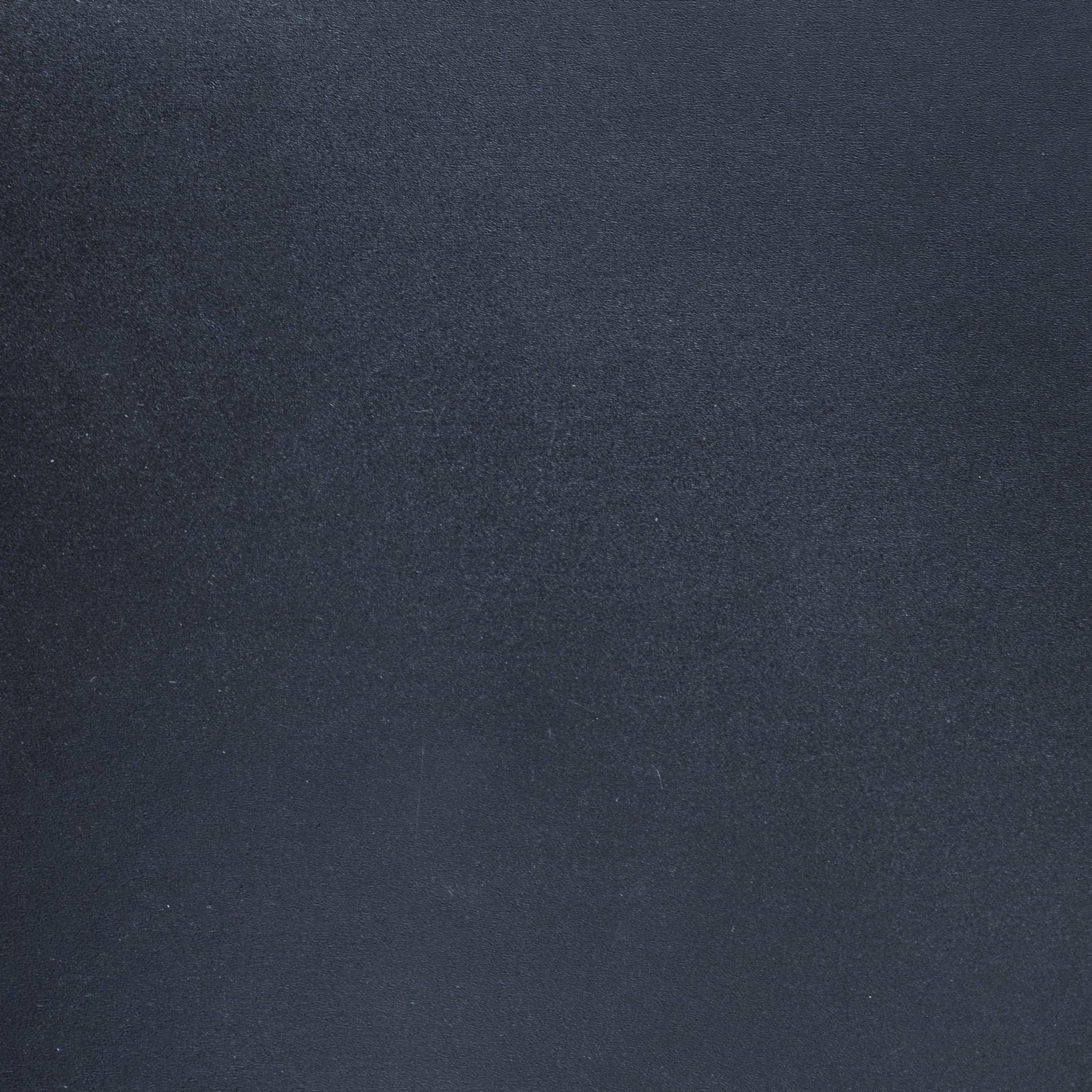 7L0A6656 черный